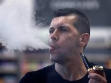 'E-sigaret efficiënter om te stoppen met roken dan pleisters of kauwgom'