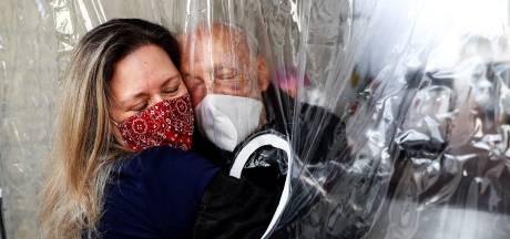 Reacties op corona-akkoord: 'Herhaalt de historie zich, en is onvrijwillige euthanasie de volgende stap?'