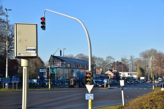 De camera in de flitspaal die wijst in de richting van Staden stond enkele weken verkeerd ingesteld.
