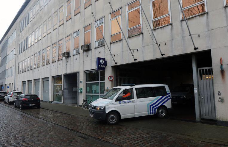 Het huidige politiekantoor aan Molenvest krijgt een fikse opknapbeurt vanaf februari. Die zal twee jaar duren.