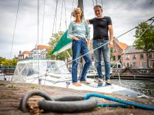 Erik en Rens zeilen op het Haringvliet: 'Zodra je het water op gaat, ben je vrij'