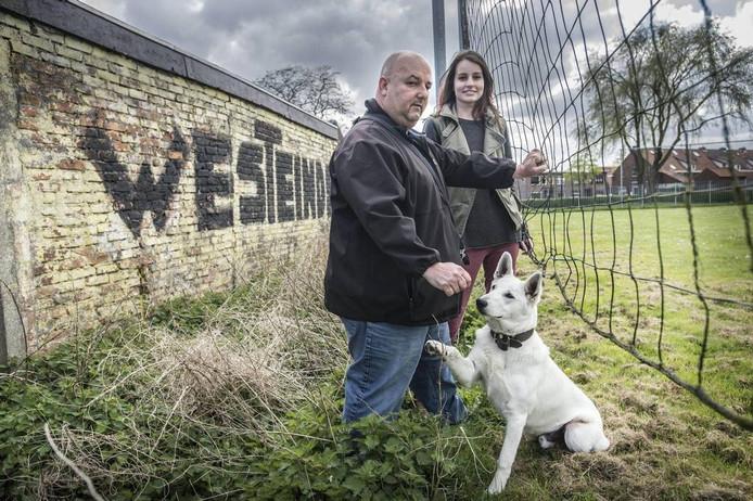 Janie Hoekstra en Danique Pals eerder dit jaar in het Westeinde, waar Hoekstra sinds zijn zevende woont foto Ron Magielse/Pix4Profs