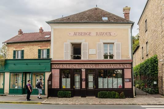 Toen Vincent op 20 mei 1890 aankwam in Auvers-sur-Oise huurde hij een kamer op de tweede etage van Auberge Ravoux aan de Place de la Mairie.