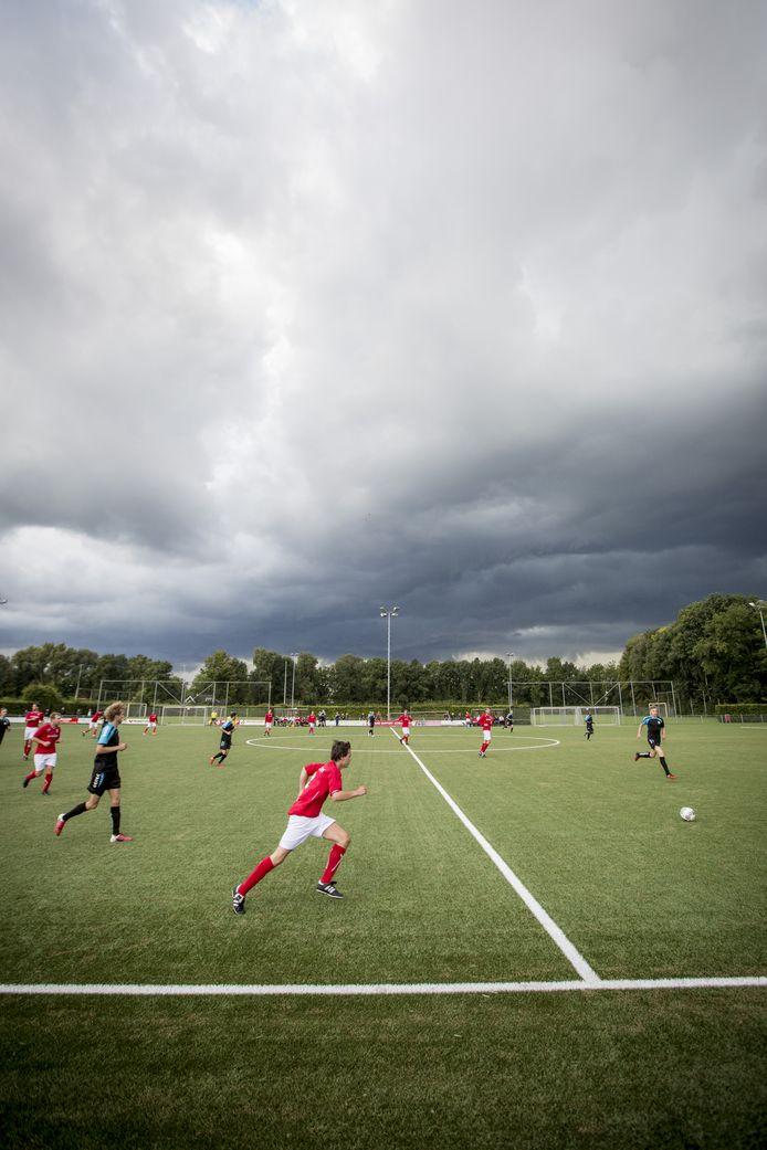 Om middernacht maakt de KNVB de indeling amateurvoetbal voor 2020/2021 bekend.