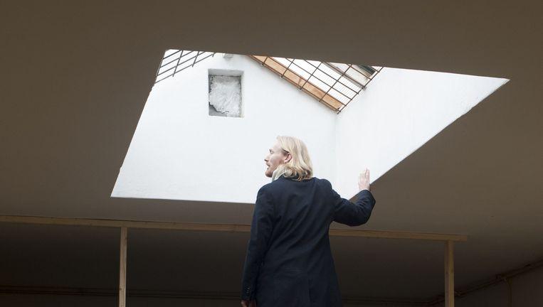 Jaring Dürst Britt in de nieuwe galerie: `Alexander, heb je die prachtige lichtinval hier al gezien?' Beeld Rosa van der Wal