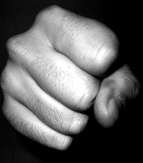 Maand cel voor Arnhemmer na slaan en bijten van echtgenote