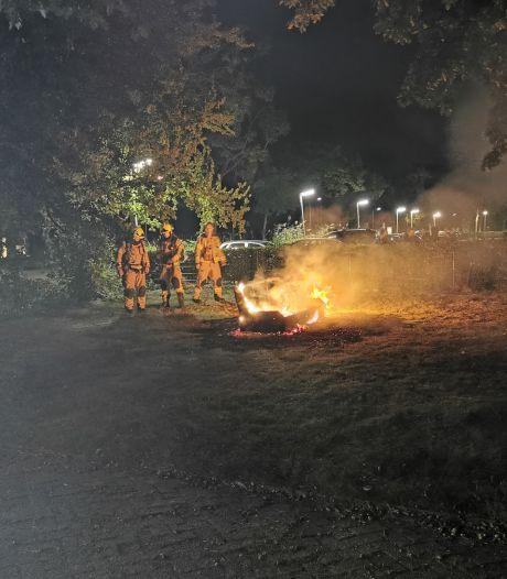 Bankstel in brand bij studentencomplex in Wageningen