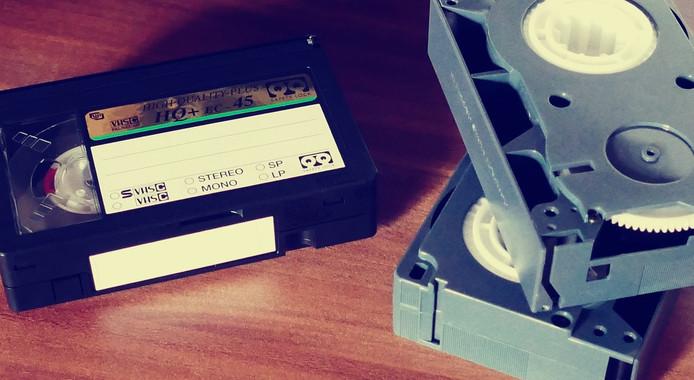 VHS-banden, waarvan sommige mensen een indrukwekkende verzameling hebben aangelegd. Foto: CC0