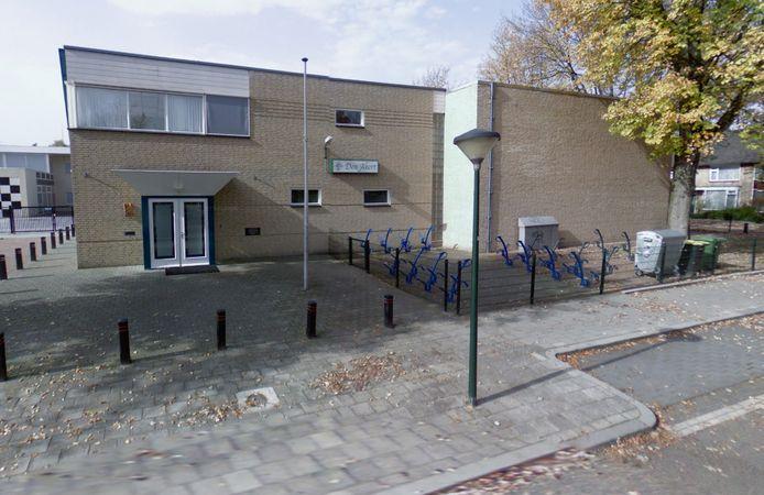 Tegenover wijkgebouw Den Akert in Geldrop komt een eetbaar plantsoen. Hoe het eruit komt te zien wordt op 14 november in een vergadering duidelijk.