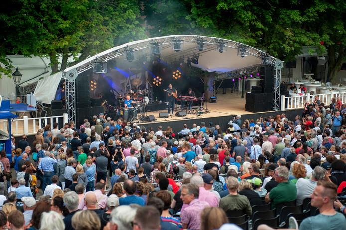 Optreden maandag tijdens Jazz in Duketown op de Parade in Den Bosch.