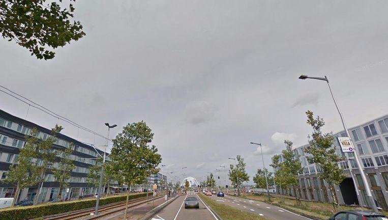 Dinsdag werd een woning op de IJburglaan gesloten na een drugsvondst Beeld Google Streetview