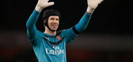 Opmerkelijk: Chelsea schrijft Petr Cech anderhalf jaar na zijn pensioen in voor de Premier League
