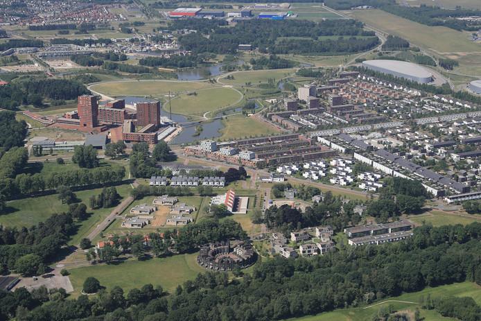 De Eindhovense wijk Meerhoven met links het centrum.
