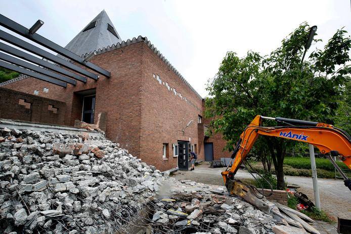 De Exoduskerk in Gorinchem verandert langzaam in gezondheidscentrum.