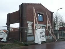 Gevel als poort in Holtense Kerkhofsweg toch gesloopt