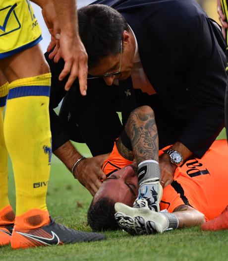Excuses Dybala na juichen terwijl keeper bewusteloos op de grond ligt