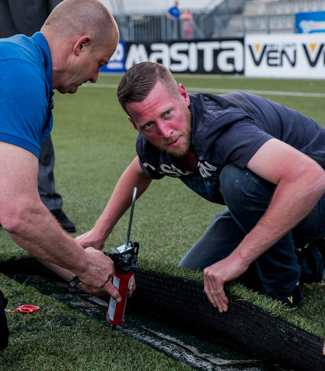 Scheuren in kunstgras: duel FC Den Bosch afgelast
