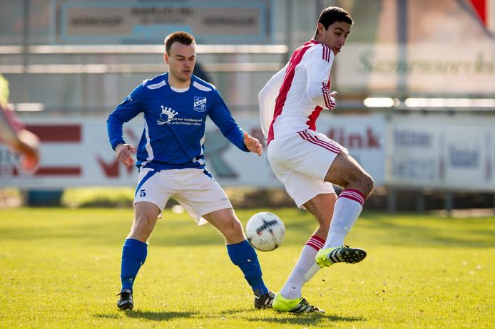Beeld uit de oefenwedstrijd van SDC Putten tegen Ajax in 2017.