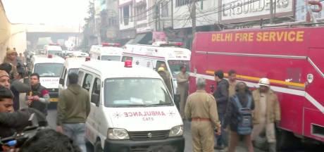 Veel doden door brand in fabriek in New Delhi, werknemers lagen in fabriek te slapen
