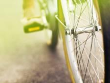 Fietser (82) overleden na botsing met andere fietser in Middelburg