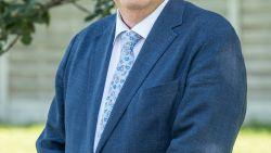 """Karlos Callens is al 30 jaar burgemeester in Ardooie: """"Zolang ik me 'jeun', doe ik rustig verder"""""""