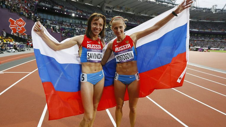Mariya Savinova en Ekaterina Poistogova zorgden de afgelopen jaren voor Russisch succes op de atletiekbaan. Savinova is voorgedragen voor een levenslange schorsing. Beeld epa