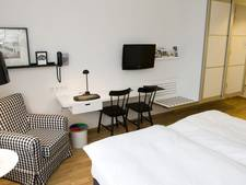 Nieuw plan Bredaas hotel Mastbosch op tafel