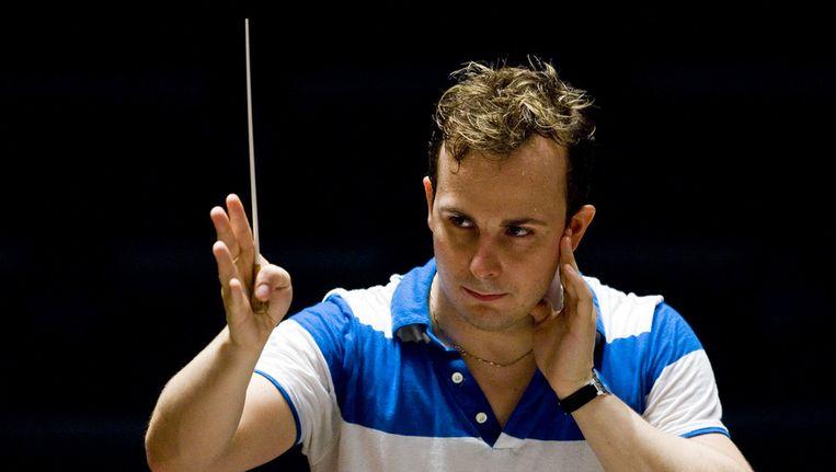 De nieuwe dirigent Yannick Nezet-Seguin van het Rotterdams Philharmonisch Orkest repeteert in De Doelen. (Archieffoto) Beeld anp