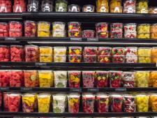 Nederlander eet vier keer per dag iets dat in plastic verpakt zit
