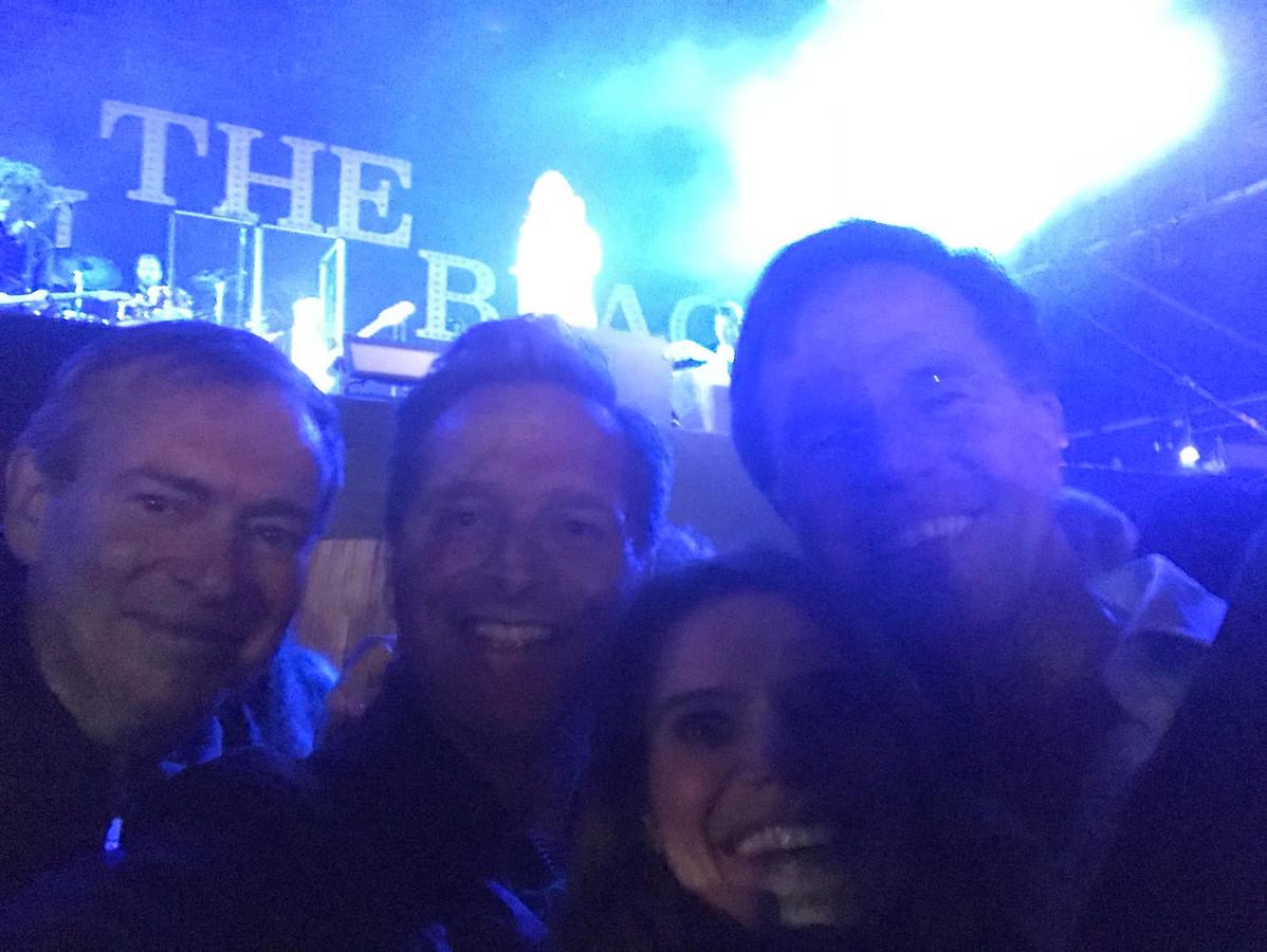 De foto die Hugo de Jonge verstuurde vanaf het concert van Anouk.