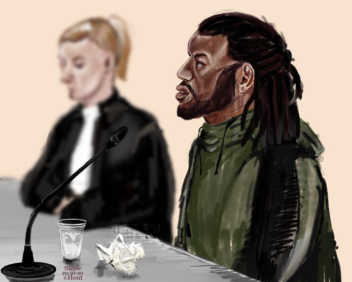 Verdachte Ronald M. in  de Merwedezaal van de Dordtse rechtbank.