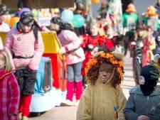 Geluidsboxen moeten voortaan verspreid op carnavalswagen in strijd tegen geluidsoverlast
