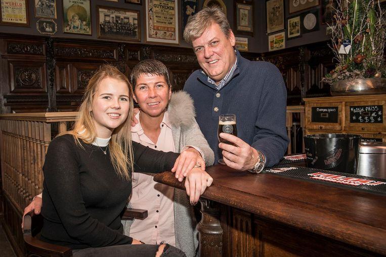 Lindsey Herman met haar dochter Michelle en haar man Xavier Van Honsebrouck.