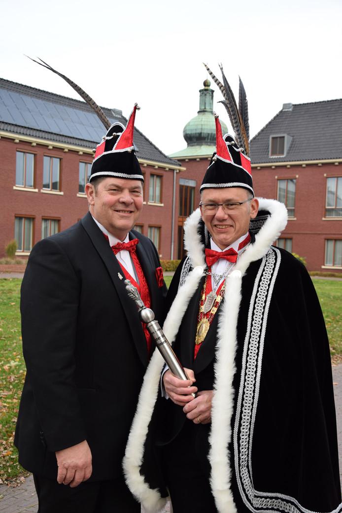 Prins Joop d'n 1e (r) en adjudant Friso Kraayvanger