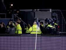 Betrokkenen bij rellen Helmond Sport met elkaar in gesprek