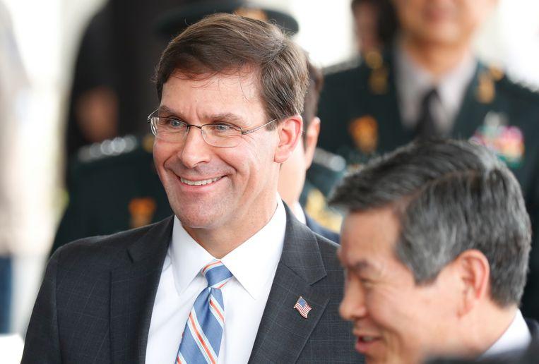 Mark Esper (l), de Amerikaanse minister van Defensie  Beeld Getty Images