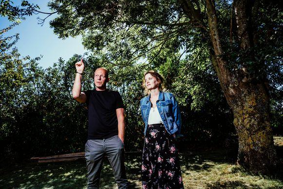 Elisa Van Bocxlaer en Sven Mary zijn burgerlijke partij in de zaak-Sanda Dia, de student die stierf bij een doop. 'Daar is gefolterd, en dat gaan we ook beargumenteren in de rechtbank.'