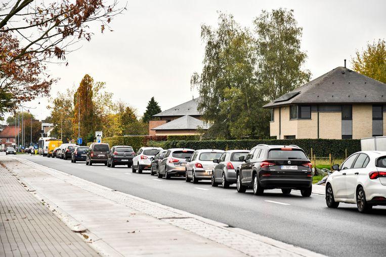 De gigantische verkeerschaos veroorzaakt bij vele weggebruikers grote ergernissen.