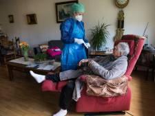Grote corona-uitbraak in woonzorgcentrum in Maarssen: 50 bewoners en 40 medewerkers besmet, hulp van buitenaf ingeschakeld