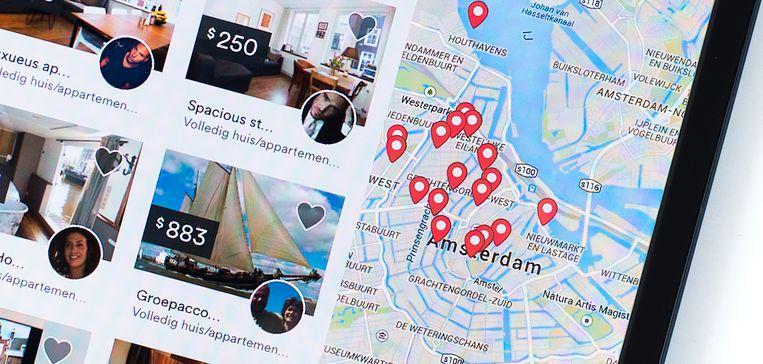 Woningen in Amsterdam die via Airbnb worden aangeboden. Beeld anp