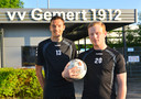 Verdediger Bram Jacobs (links) en doelman Bono Barten uit Sambeek en Sint Anthonis gaan met Gemert naar het tweede amateurniveau.