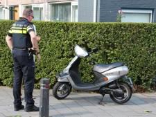 Scooterrijder en auto botsen in Middelburg: één gewonde