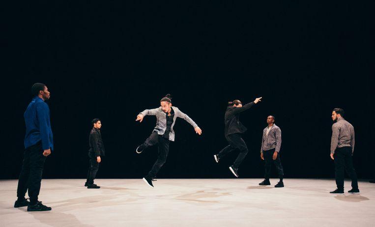 Kata door Compagnie par Terre/ Choreografe Anne Nguyen Beeld Homard Payette