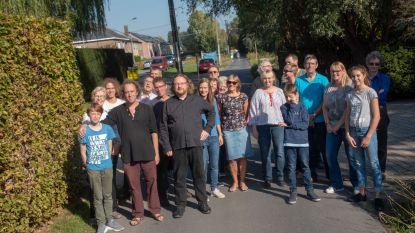 Bewoners bezorgd over verkeersveiligheid in smalle Vennestraat door nieuwe omleiding