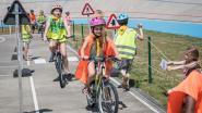 Kinderen worden heer in het verkeer dankzij nieuw parcours aan wielerpiste