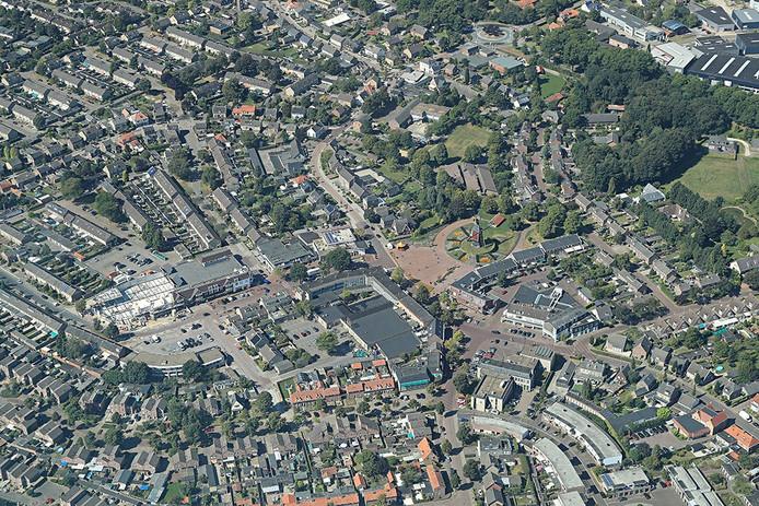 Luchtfoto van het centrum van Mierlo.