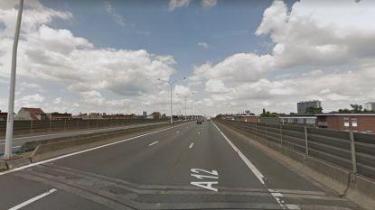 Werken aan viaduct Wilrijk (A12) verschuiven naar augustus: in weekends één en op weekdagen twee rijstroken beschikbaar voor verkeer