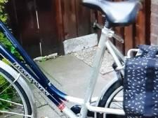 Vrouw in rug en buik getrapt bij beroving van haar fiets in Tiel