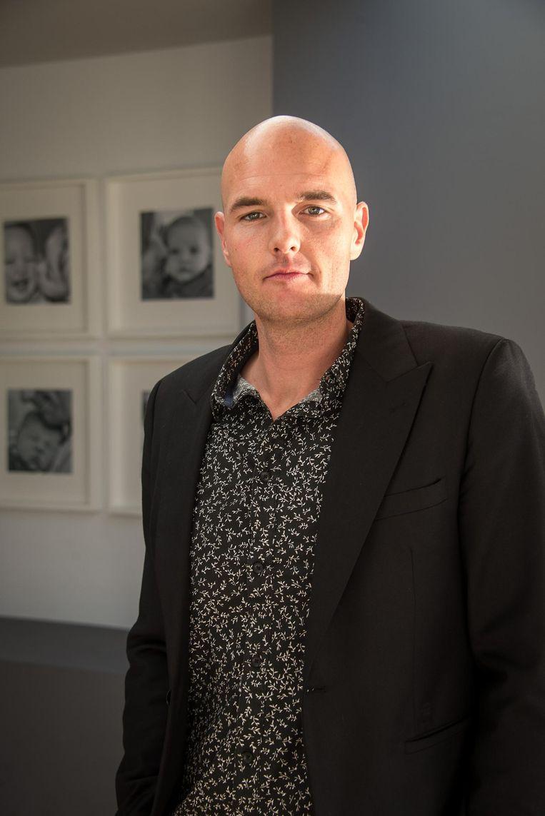Murphy Munro baseerde zich voor het nummer op z'n ervaringen als leraar zedenleer.