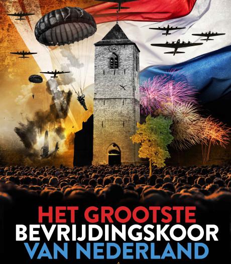 Viering 75 jaar vrijheid met grootste bevrijdingskoor van ons land op plein in Rouveen